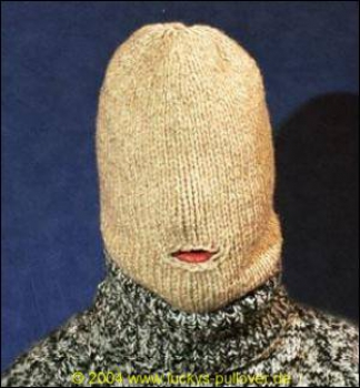 Balaclava with mouth opening