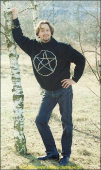 Pullover with Pentagram