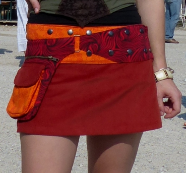 Corduroy Skirt with Large Side Pockets and Snap-Fasteners burgundy-orange
