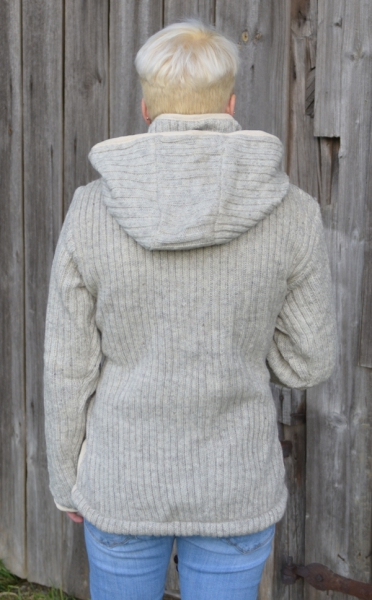 Ribbed light grey jacket with removable hood and fleece lining